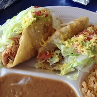 Photo taken at Tio Dan's Puffy Tacos by José R. on 5/18/2013