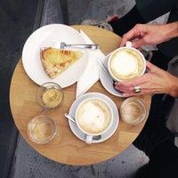 Das Foto wurde bei kaffemik von anna h. am 11/14/2014 aufgenommen