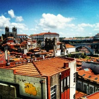Photo taken at Miradouro da Vitoria by Javier A. on 4/13/2013