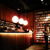 Foto tomada en Diurno Restaurant & Bar por Javier A. el 6/9/2013