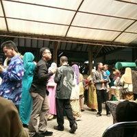 Photo taken at Omah Kampung by Hanifa E. on 5/5/2016