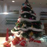 Photo taken at Ultra Brasserie by Noora N. on 12/23/2014