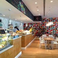 Photo taken at Ultra Brasserie by Noora N. on 10/12/2014