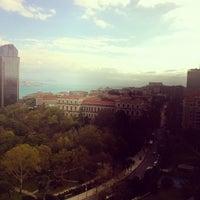 11/9/2012 tarihinde leonid c.ziyaretçi tarafından Hilton Istanbul Executive Lounge'de çekilen fotoğraf