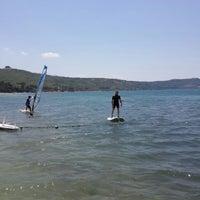 Photo taken at Kale Resort Surf Okulu by Alper S. on 6/13/2015