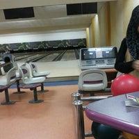Photo taken at 88 Hokki Bowling Center by Eka A. on 6/14/2014