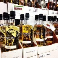 Foto tirada no(a) Goody Goody Liquor por Infuse V. em 3/20/2014