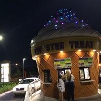 Photo taken at Twistee Treat by Kim G. on 9/8/2014