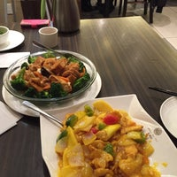 Photo taken at Mr Congee Chinese Cuisine 龍粥記 by Franco T. on 12/31/2015