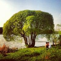 Das Foto wurde bei Мещерский парк von Alexander G. am 5/12/2013 aufgenommen