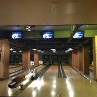 Photo taken at Bloomsbury Bowling Lanes by Ali C. on 3/20/2013