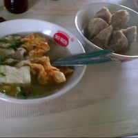 Photo taken at bakso rea-reo by izhi m. on 3/1/2014