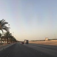 Photo taken at طريق المطار by Mr.Delle on 6/5/2016