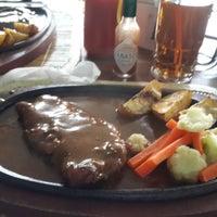 Photo taken at Kedai Aer Mantjoer (Steak Kayu Bakar) by Mario R. on 1/17/2014