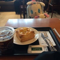 Photo taken at Tully's Coffee by pink on 8/7/2016