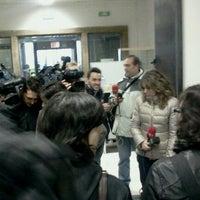 Foto tomada en palacio de justicia por Laura L. el 2/6/2013