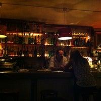 Das Foto wurde bei La Cigale von sara am 10/26/2012 aufgenommen