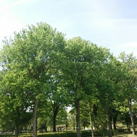Photo taken at 常願寺川公園 by TYM26 on 5/6/2014