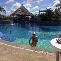 Photo taken at Las Olas Club Resort by Jey U. on 1/11/2014