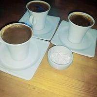 Photo taken at Nokta Cafe & Restaurant by Gökçe Nur D. on 8/30/2014