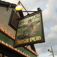 Das Foto wurde bei McGuire's Irish Pub von Nathan B. am 8/3/2013 aufgenommen