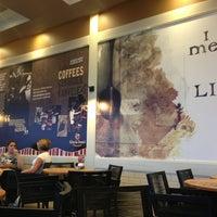 9/16/2013 tarihinde Fatih 🌞 G.ziyaretçi tarafından Gloria Jean's Coffees'de çekilen fotoğraf