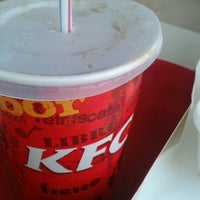 Photo taken at Kentucky Fried Chicken KFC by Efrain B. on 9/26/2012