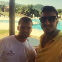 Photo taken at Grand Kirazlar Otel Havuz by SeRkan G. on 8/19/2015