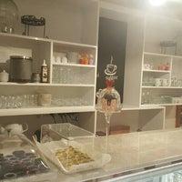 5/29/2016 tarihinde Özlem Ö.ziyaretçi tarafından Cafe Stevia'de çekilen fotoğraf