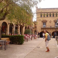 รูปภาพถ่ายที่ Plaza Mayor โดย Stanislav K. เมื่อ 4/26/2013