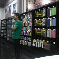 Photo taken at iStore by @delfinfb 🐬 on 11/4/2012