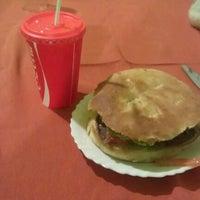 Foto tomada en Cafe Real por Sammael4ever el 10/29/2012