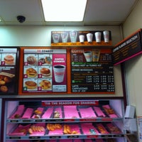 Photo taken at Dunkin Donuts by Leon P. on 12/2/2012