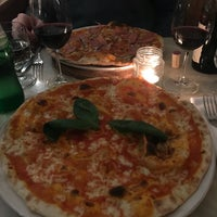 Photo taken at Pizzaria Lisboa by Lívia R. on 1/8/2018