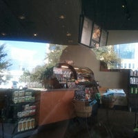 Photo prise au Starbucks par William D. le10/11/2012