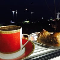 Photo taken at Denize karşı sessiz sedasız by 🎁💍🚘PLn🚗🔒🔐 on 6/11/2016