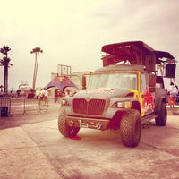 Photo taken at Venice Beach Basketball Courts by Felix B. on 6/15/2013