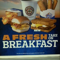 Photo taken at White Castle by BoNeSDaHaTeD1 on 11/15/2012