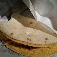 Photo taken at Taco Bell by Nicole D. on 1/22/2016