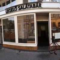 Foto tomada en Legelő Salátabár por Andras U. el 7/29/2014