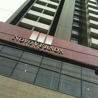 Foto tirada no(a) Vernon Palace Hotel Curitiba por Beto W. em 11/8/2012