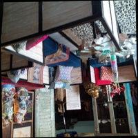 Photo taken at Kaliuda Gallery by Tubagus Endro G. on 12/21/2015