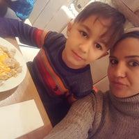 2/17/2018 tarihinde Fatos K.ziyaretçi tarafından Bodrum Mantı & Cafe'de çekilen fotoğraf