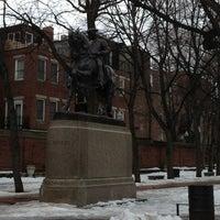 Foto tirada no(a) Paul Revere Statue por Kevin B. em 2/20/2013