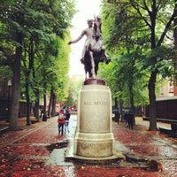 Foto tirada no(a) Paul Revere Statue por Kevin B. em 10/14/2012
