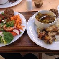 Photo taken at safran restoran by خديجه خ. on 2/5/2014