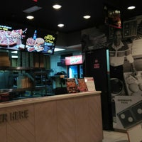 Photo taken at Domino's Pizza by Mat_Deris on 9/9/2018