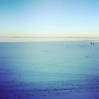 Photo taken at Howard M. Temin Lakeshore Path by Jon T. on 12/28/2013