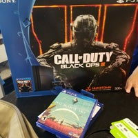 Photo taken at Best Buy by Mortiche W. on 8/12/2016
