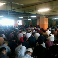 Photo taken at Masjid Attaqwa Menara BCA Grand Indonesia by Yulianto G. on 3/21/2014
